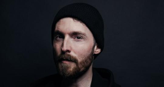 Music Producer & Mix Engineer - Chris Uwe