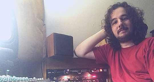 Drummer, recording studio - João Vione