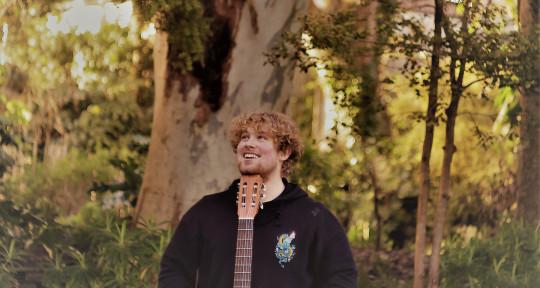 singer/songwriter - Tadhg Cullen