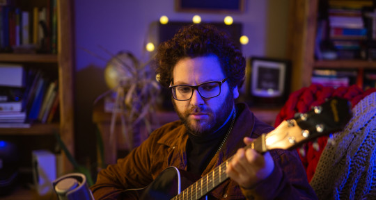 Singer/Songwriter/Producer - Danny Toeman