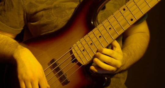 Latin Bass Player - Franco Cid