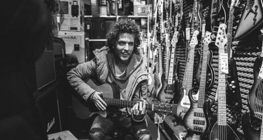 Guitarist/Songwriter/Beatmaker - David Bilek