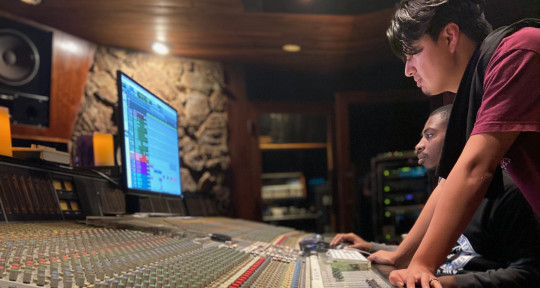 Recording/Mixing Engineers - Don Julio