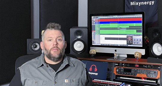 Mixer // Bassist // Producer - Mixynergy