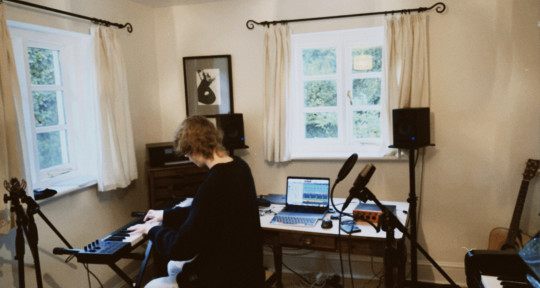 Music Producer, Mix Engineer - Sam Hodder