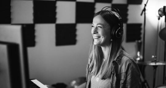Vocalist I Coach I Vocal Tuner - Sara Beth Hooper