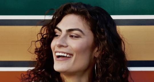 Versatile Female Singer - Alexandra