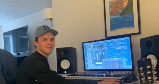 Music producer,Mixing engeener - FREDRIK