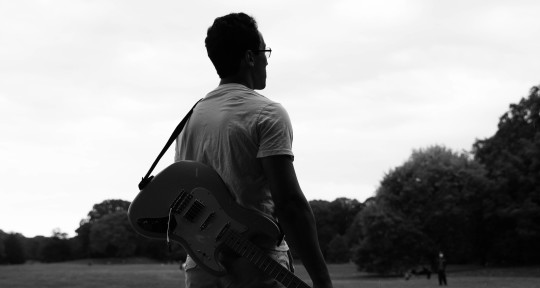 Beat Maker, Guitarist - Isaac Coston