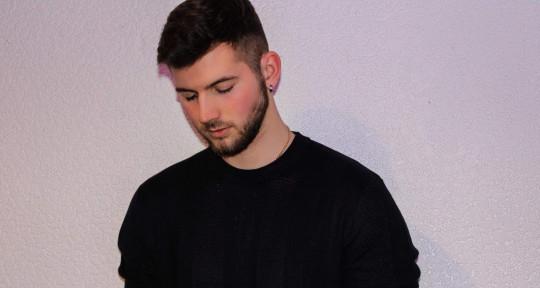 Songwriter, lyricist, guitar - Harry_Griffiths