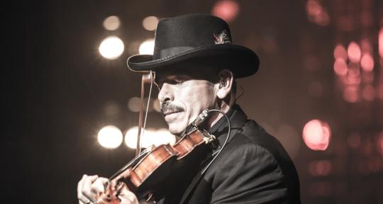 Fiddler, Singer/Songwriter - Deano Brown