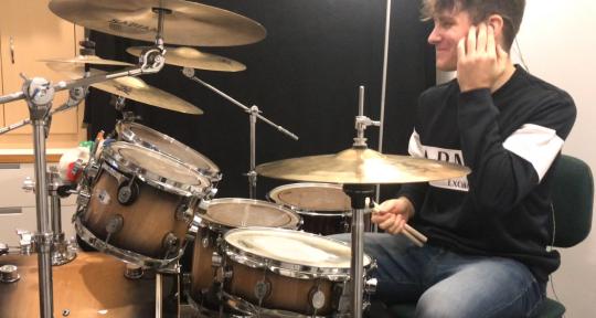 Session Drummer - David Rozgonyi