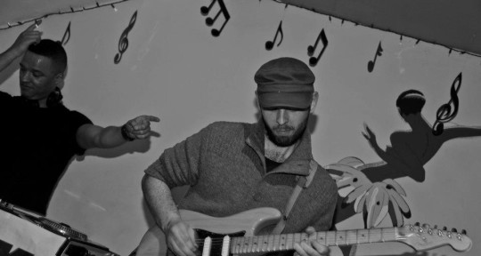 Session/Writing/Mix/Production - Ollie Thomas