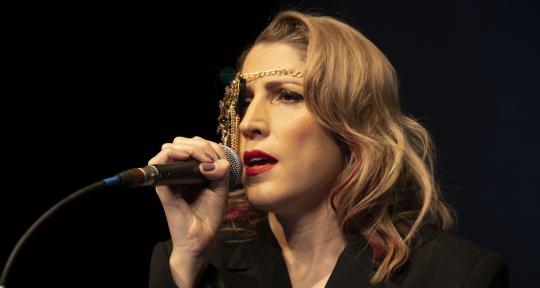Singer-songwriter/rec artists - Sarah Caltieri