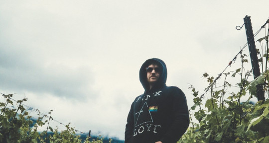 Producer/Mixing/Mastering - Kevin Ribbans Music