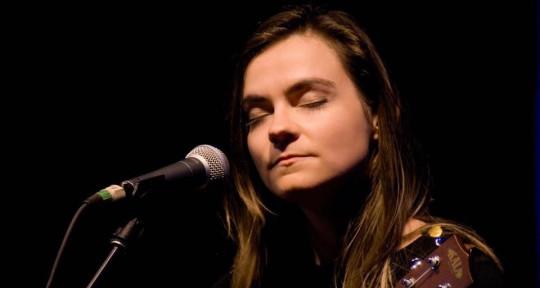 'singer,' 'songwriter,' 'uke'  - Stephanie