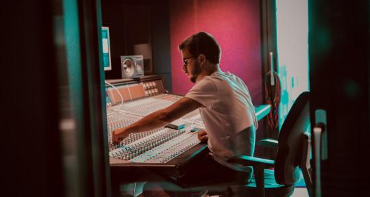 Remote Music Producer - Bob Varo