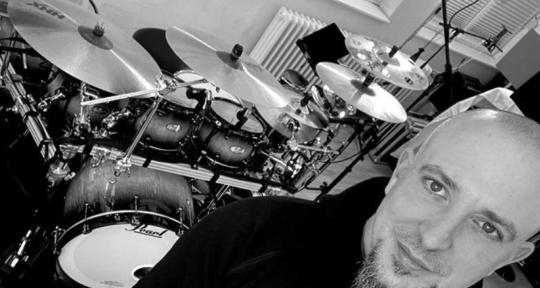Drums With Passion & Energy - Torsten Bugiel