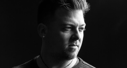 Session Drummer / Producer - TJ Hartmann