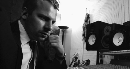 Music Producer, Mixing, Guitar - Timothy Spaniel