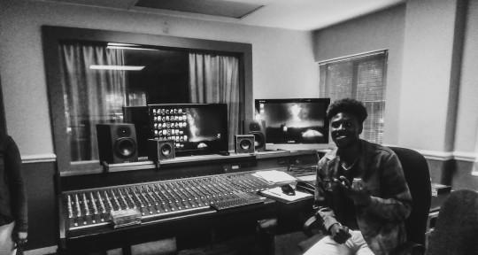 Beat maker. Afro pop, soul. - War Wore