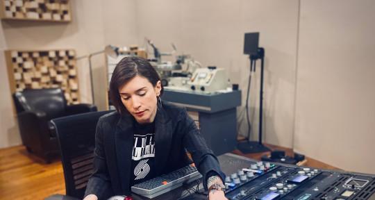 Analog & Vinyl Mastering - Amy Dragon Telegraph Mastering