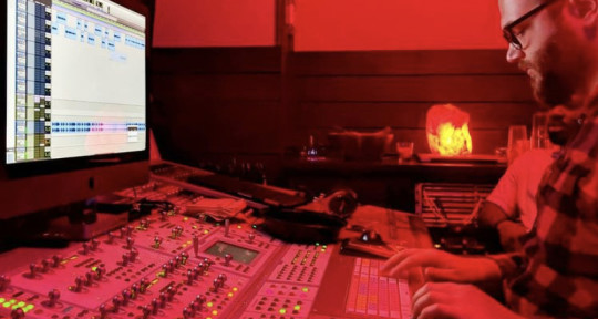 Mixing/Mastering/Vocal Editing - Alex Slohm