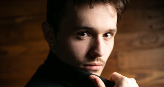Singer/Songwriter - Justin J. Moore