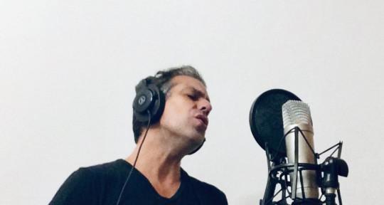 Singer and songwriter - Paul Clav