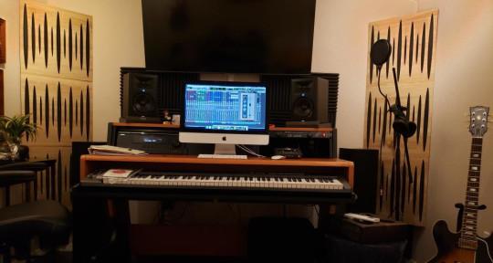 Guitar, vocals, production  - Gary Dean Smith