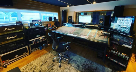 Recording and Mixing engineer - Alessio Garavello