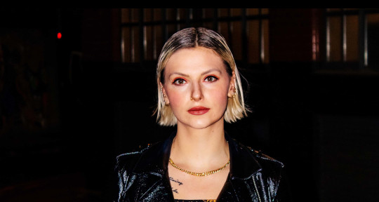 Pop Writer-Singer-Topliner - Elena