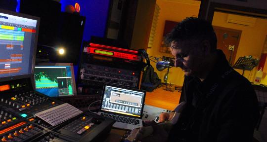 Session Guitarist, Producer - Luigi Pistillo Producer
