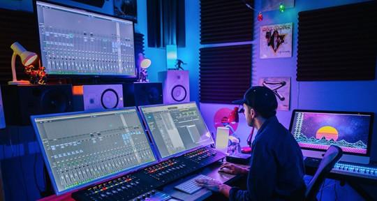 Music Producer , Beat Maker - Matthew Spark