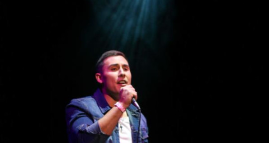 Singer/Songwriter - Bradley Kim
