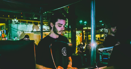 Producing, Recording & Mixing - Leandro Ando Ferraiuolo