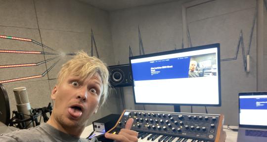 EDM Music Producer - Alex Larichev EDM Ghost Prod.
