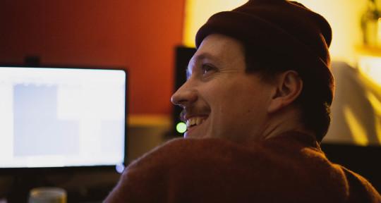 Songwriting/Producing/Mixing - Lukas Kurz