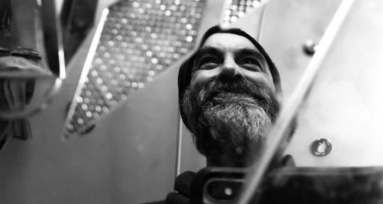 Media Composer & Guitarist - Grégoire Pearce