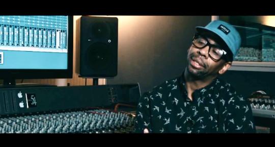 Mixing & Mastering Engineer - Mo Henderson (Studio Caffé)