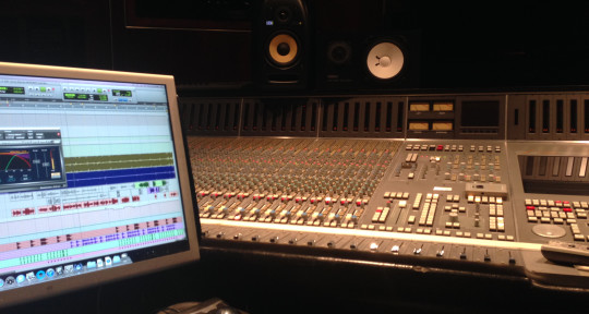 Remote Mixing, Song Writing - Sheldon Stanford