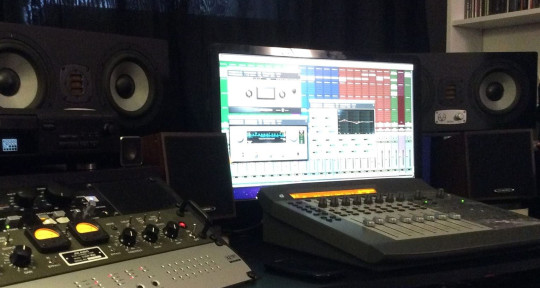 Mixing engineer - Artur Kisarewski