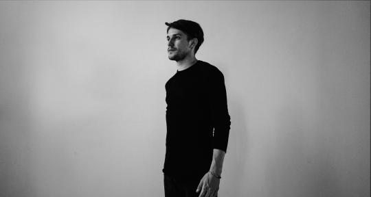 Sessions Guitarist, Composer  - Edoardo Pacchiotti
