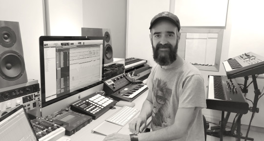 Music producer, Keys, beats - Mariano Braun