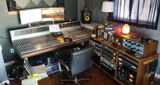 Studio, Summing, Mixing - Leyden Studio