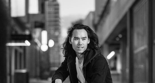 Singer / Songwriter - Gene Phoa