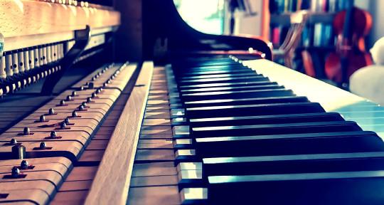 Music composer, Cello, Piano. - Ollie Jones