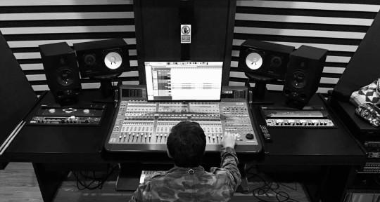 Mixing and Mastering Engineer - Sebastian Lascano