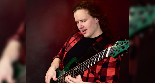 Bassist&Composer for hire - Antti Horttana