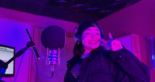 Pop Singer/Songwriter - Miss Bee